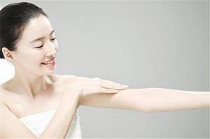 长沙手臂抽脂的术后护理事项