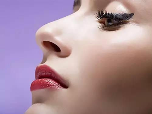 长沙隆鼻修复用的是什么方法呢